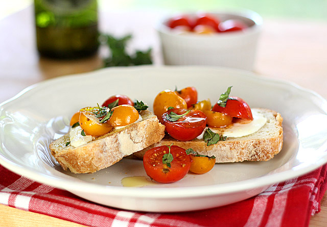 Warm Tomato and Mozzarella Bruschetta from Creative Culinary on foodiecrush.com