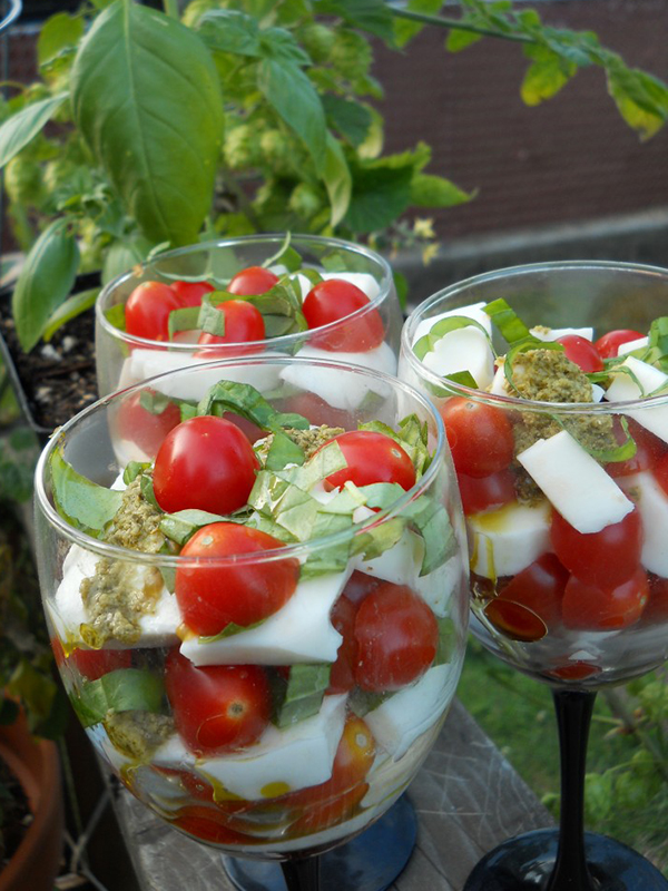 ... pesto, My Apron Strings Tomato Caprese Parfaits will rock your world