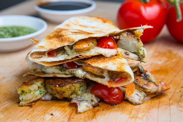 Grilled-Pesto-Shrimp-Caprese-Quesadillas-500-2993