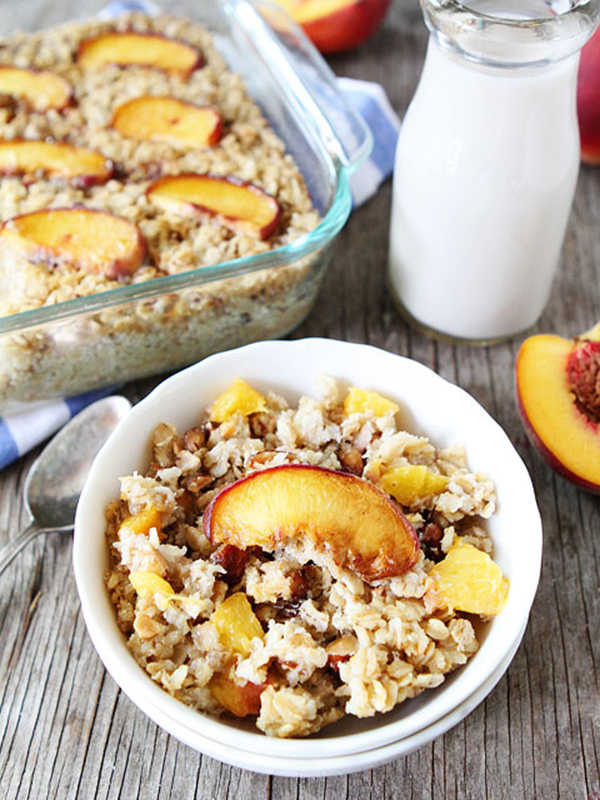 Baked-Peach-Almond-Oatmeal-6