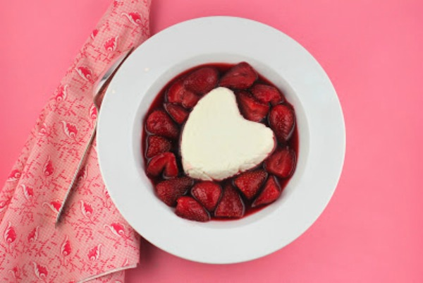 55 Lover-ly Valentine Desserts and Drinks - foodiecrush