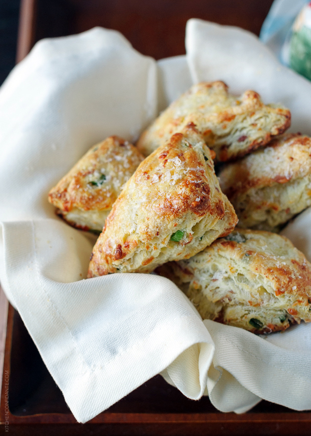 Savory Scones with Gruyere, Prosciutto and Green Onion | www.kit