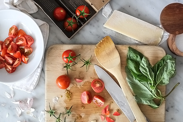 Fresh-Tomato-and-Ricotta-Pasta-foodiecrush.com-001