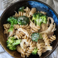 Cheesy Chicken and Broccoli Whole Wheat Pasta