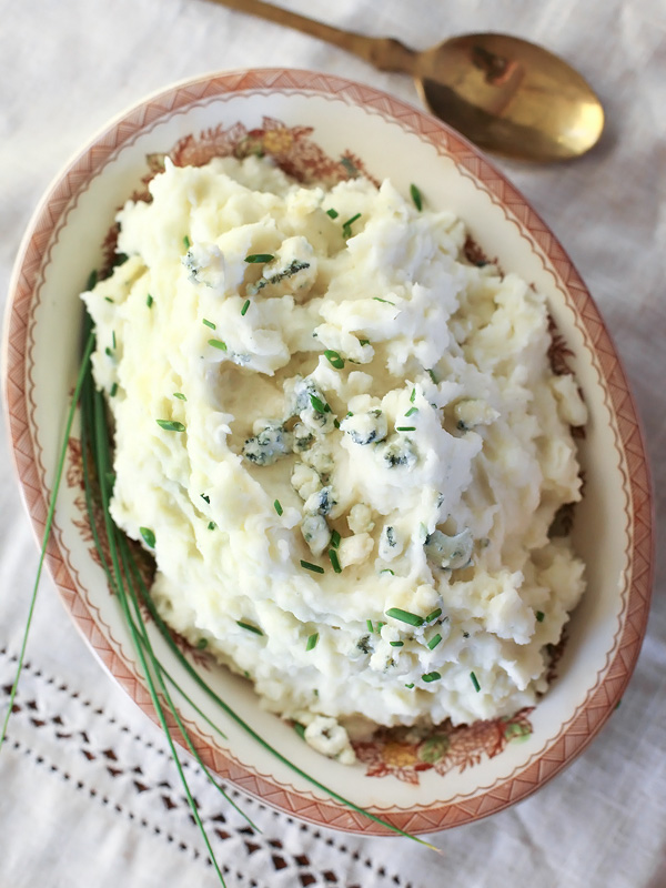 Buttermilk Blue Cheese Mashed Potatoes | foodiecrush.com