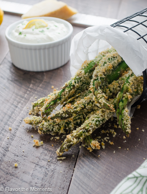 crispy-parmesan-asparagus-fries-with-lemon-greek-yogurt-dip