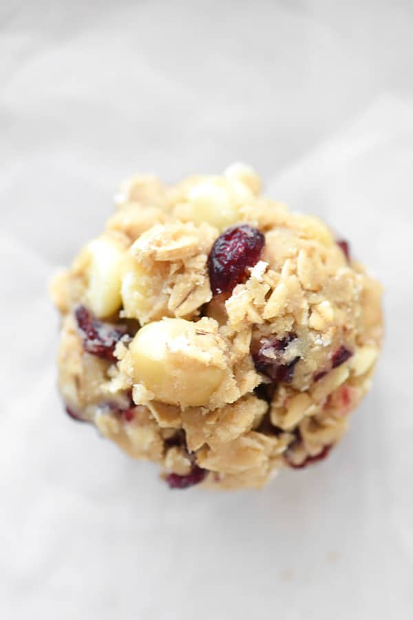 Cranberry White Chocolate Chip and Macadamia Nut Cookies ...