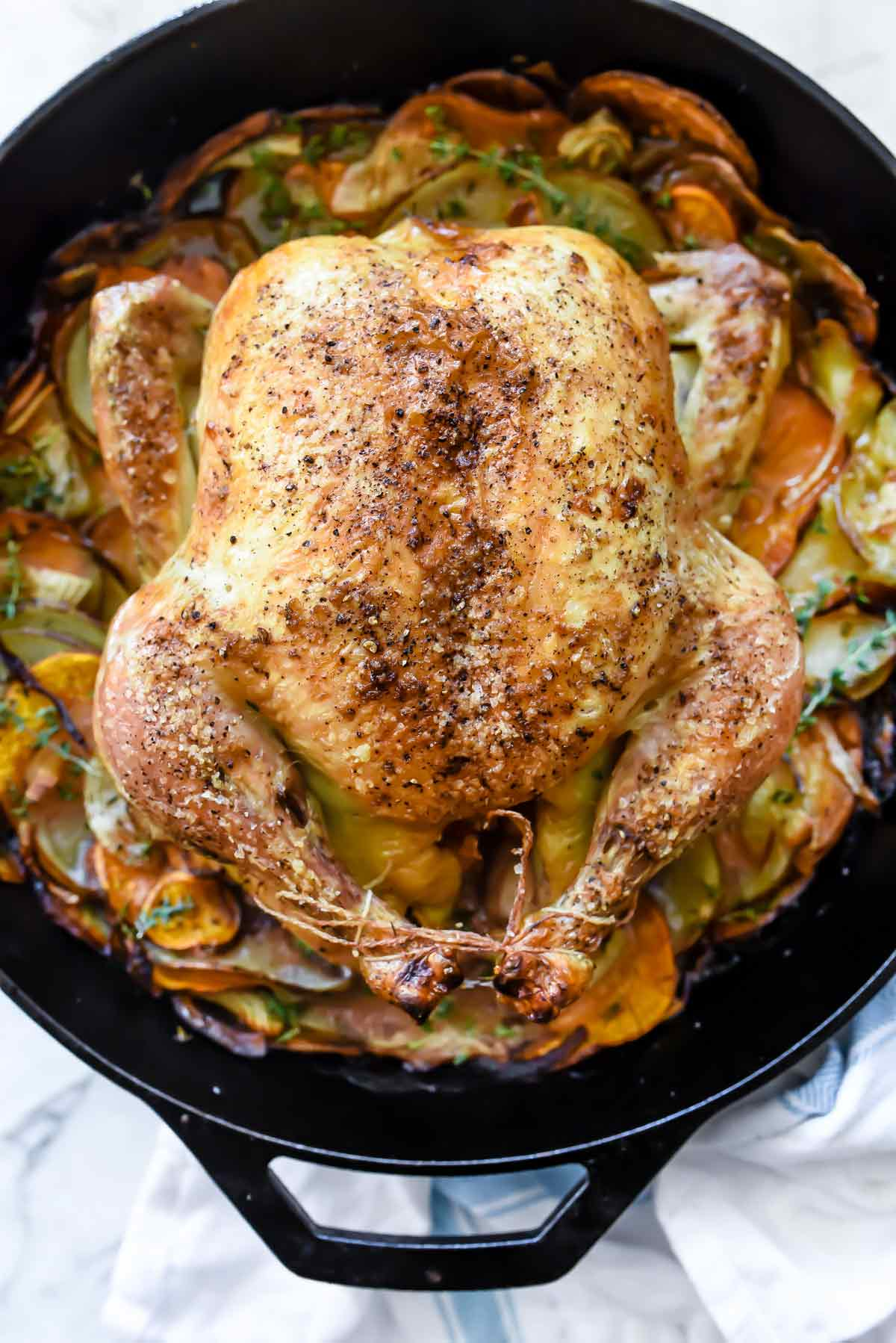 Cast Iron Skillet Whole Roasted En With Potatoes