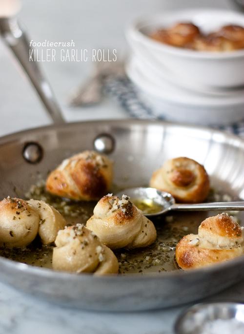 FoodieCrush Killer Garlic Rolls