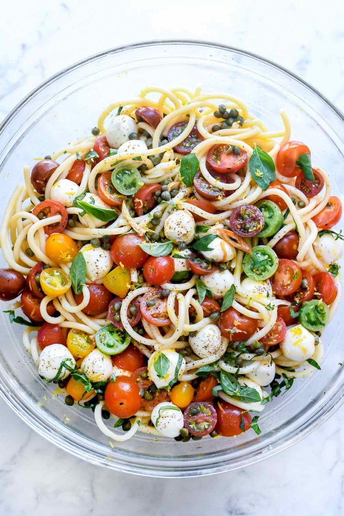 Caprese Pasta Salad with Garlic Marinated Tomatoes | foodiecrush.com #caprese #salad #pasta #recipes #easy #healthy #potlucks