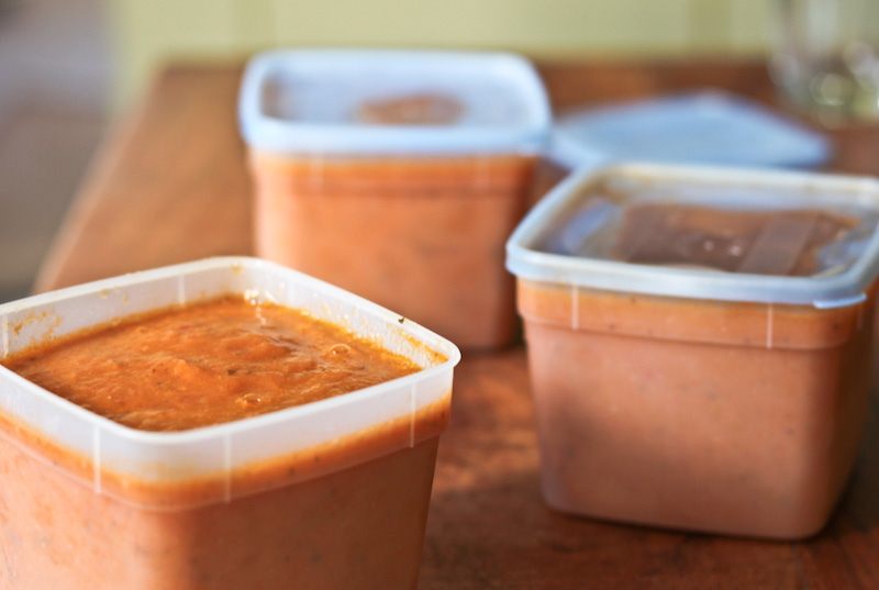 Freezing Fresh Tomato Sauce from The Vintage Mixer on foodiecrush.com