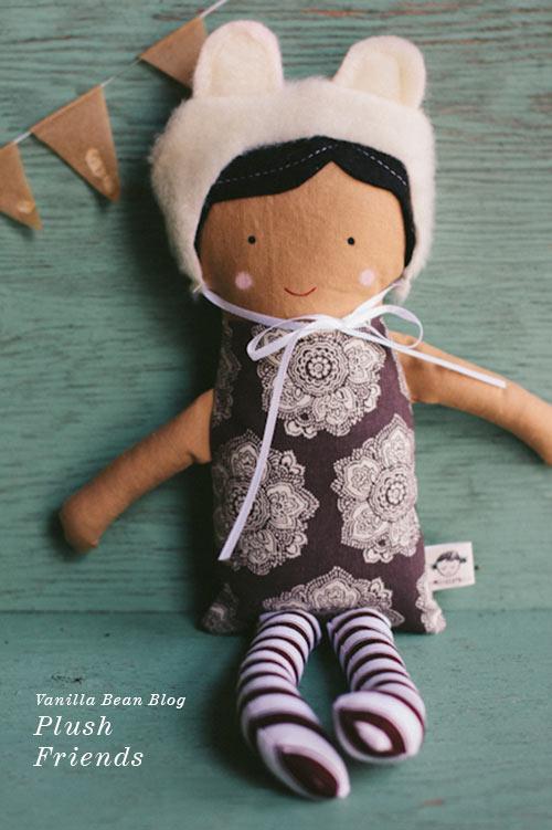 Handmade Plush Dolls from Vanilla Bean Blog via foodiecrush.com