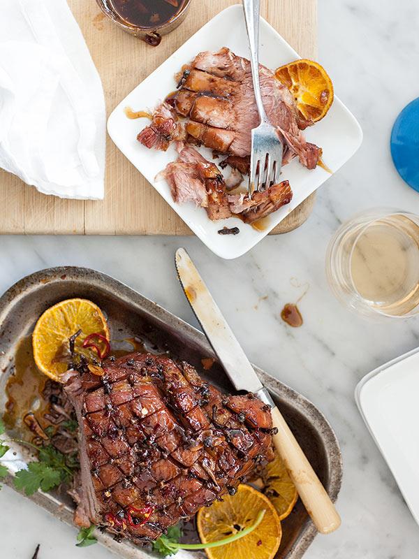Jambon asiatique glacé gluant |  FoodieCrush.com
