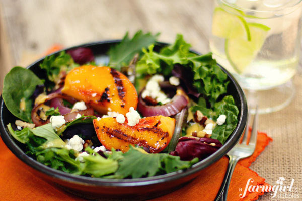 600afd_X_IMG_7750_grilled-peach-salad