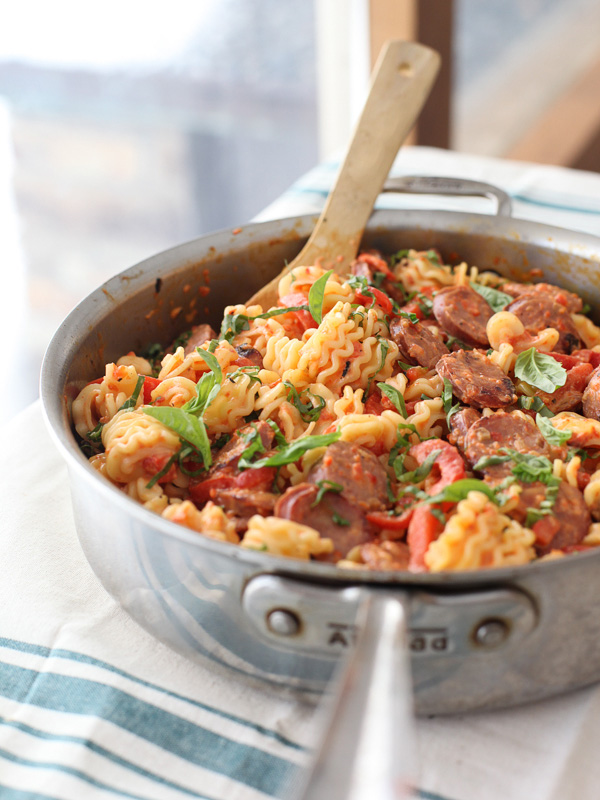 Creamy Red Pepper and Chicken Sausage Pasta | foodiecrush.com