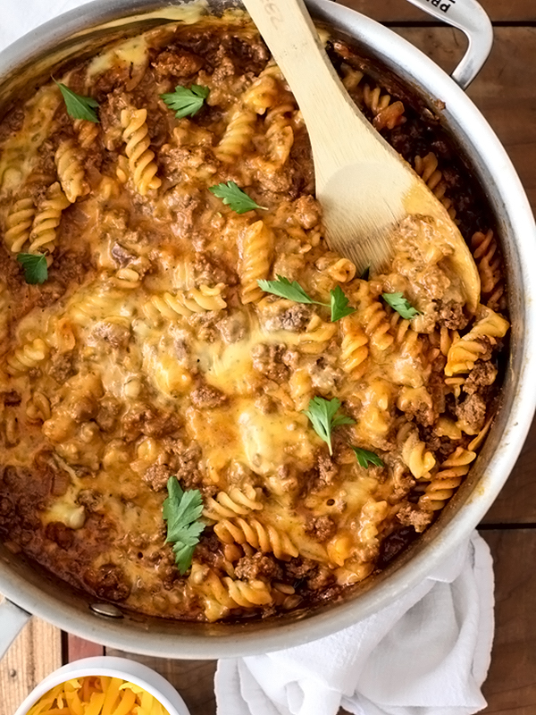 Homemade Hamburger Helper Cheeseburger Macaroni | foodiecrush.com