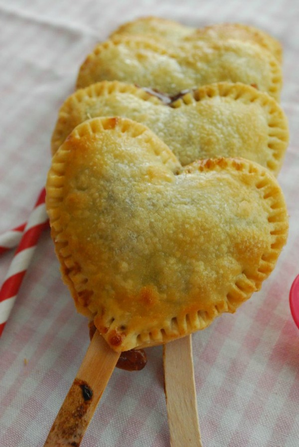 Strawberry Nutella Heart Pie Pops II The Domestic Rebel