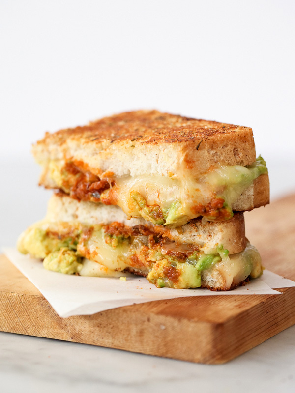 Garlicky Avocado Tomat Pesto Grilled Cheese Sandwich