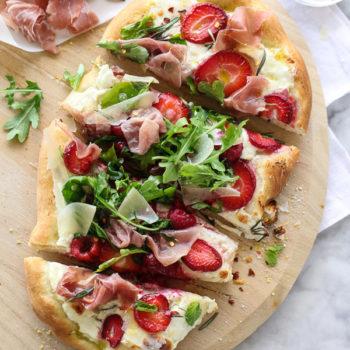 Berry Arugula and Prosciutto Pizza | foodiecrush.com