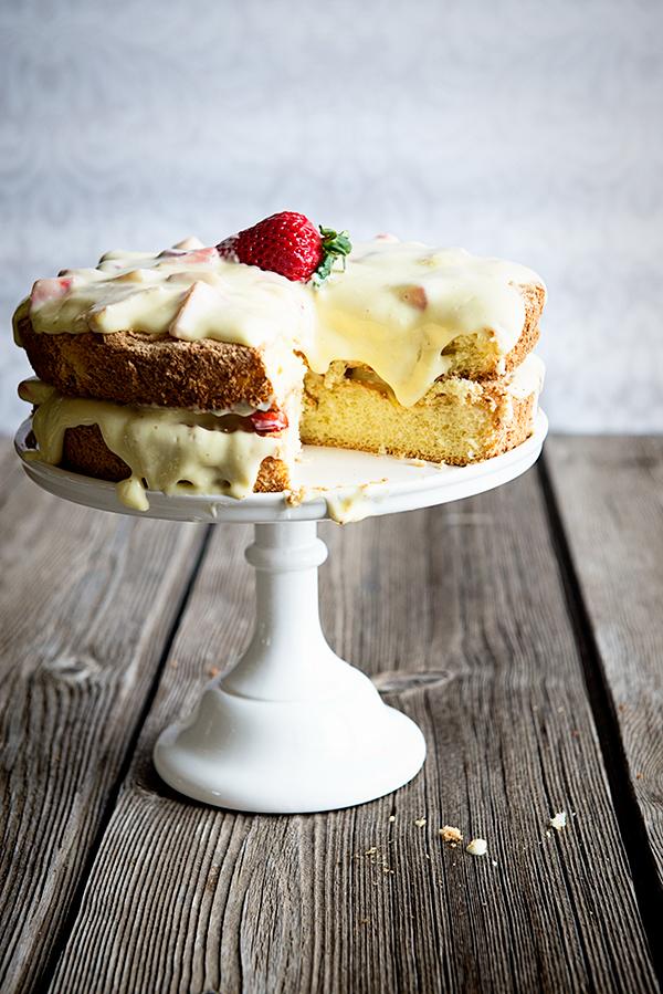 TheRustic-Italian-Sponge-Cake-2-1