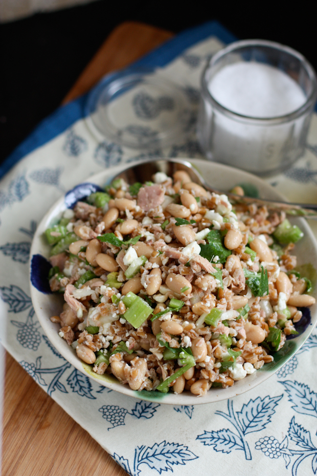 Italian_Tuna_Bean_Farro_Salad_Recipe-2
