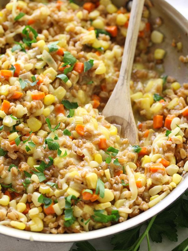 Sweet Corn, Gouda and Farro Risotto on foodiecrush.com