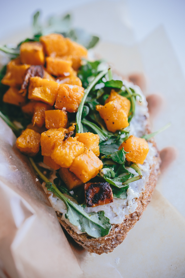 butternut-squash-arugula-roasted-garlic-goat-cheese-tartine-1-6-1