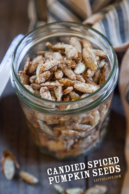 Candied Pumpkin Seeds | eatthelove.com