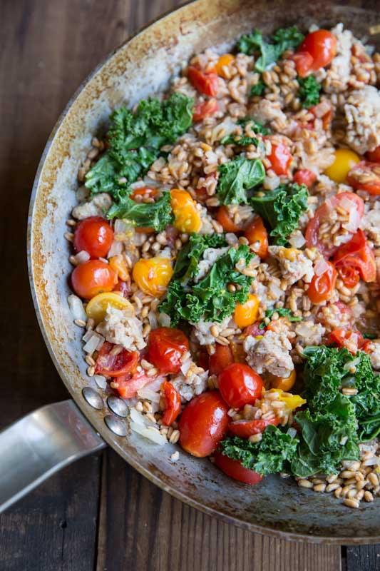 farro-with-tomatoes-sausage-and-kale-7