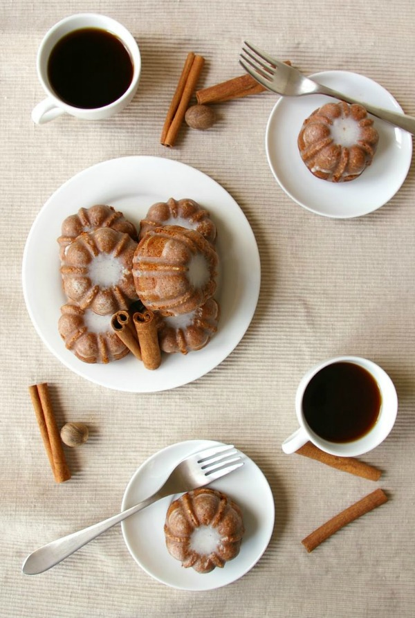 Gingerbread Bundts with Cinnamon Glaze from thesepeasarehollow.blogspot.com on foodiecrush.com