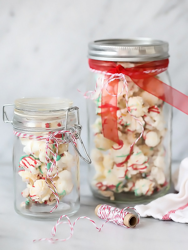 White Chocolate Peppermint Popcorn with Cashews | foodiecrush.com #holidaytreats #christmas #whitechocolate