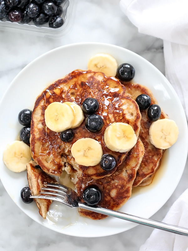 The Best Banana Bread Pancakes | foodiecrush.com #easy #mix #buttermilk
