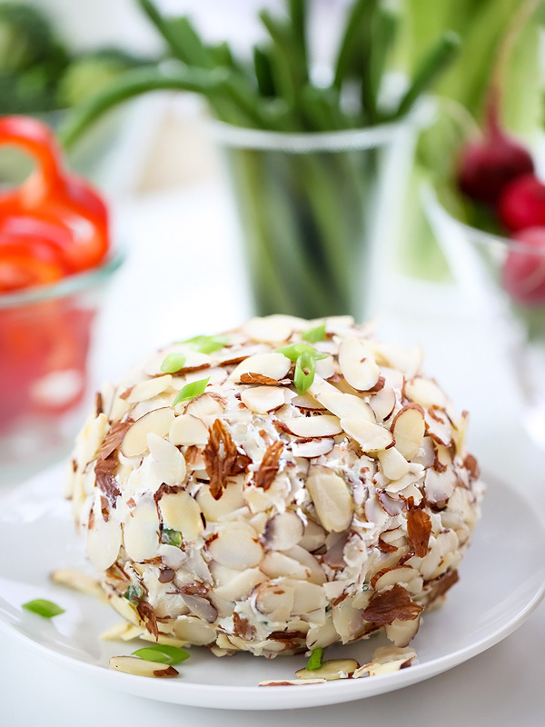 Light and Easy Cheese Ball Recipe | foodiecrush.com #easy #recipes #bites
