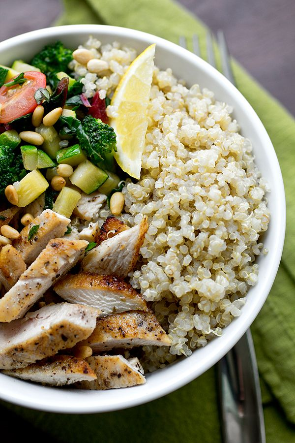 Chicken & Quinoa Bowl with Veggies from thecozyapron.com on foodiecrush.com