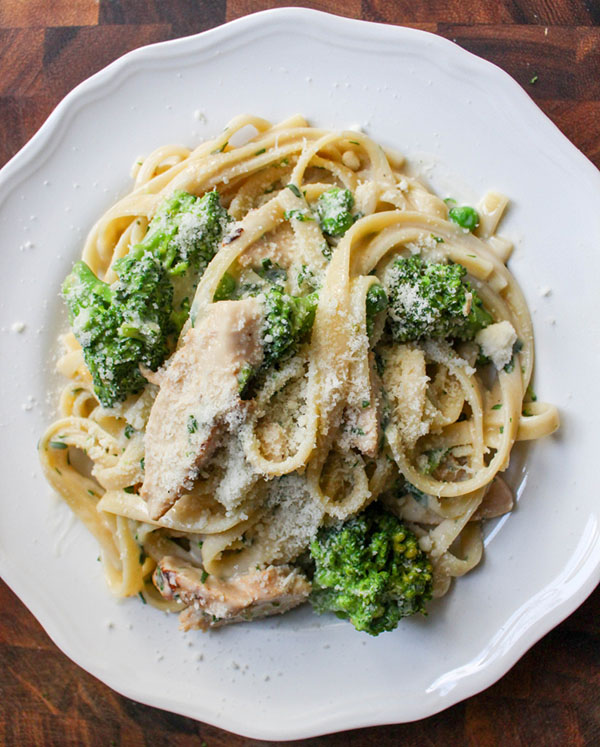 Skinny Herbed Pasta Alfredo with Chicken and Broccoli | Yes to Yolks on foodiecrush.com