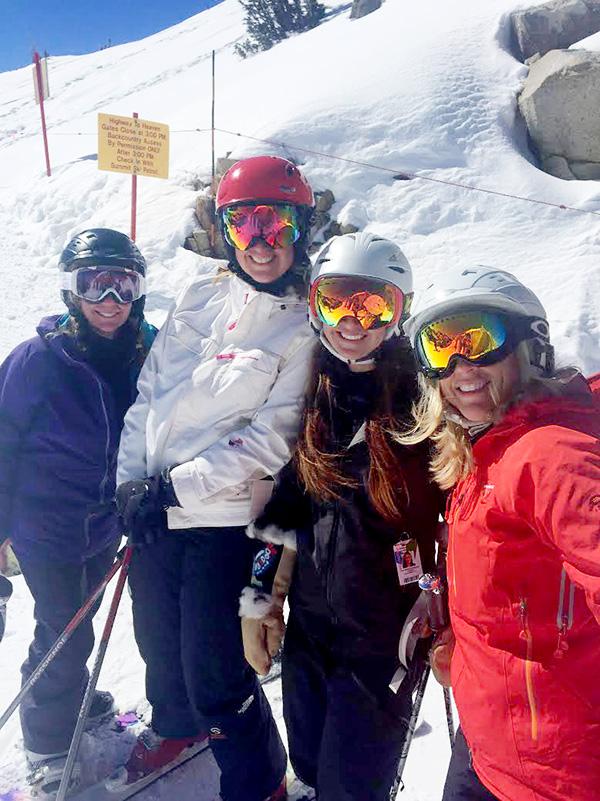girls-ski