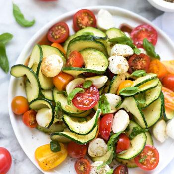 Inspiralized Caprese Zucchini Salad | foodeicrush.com