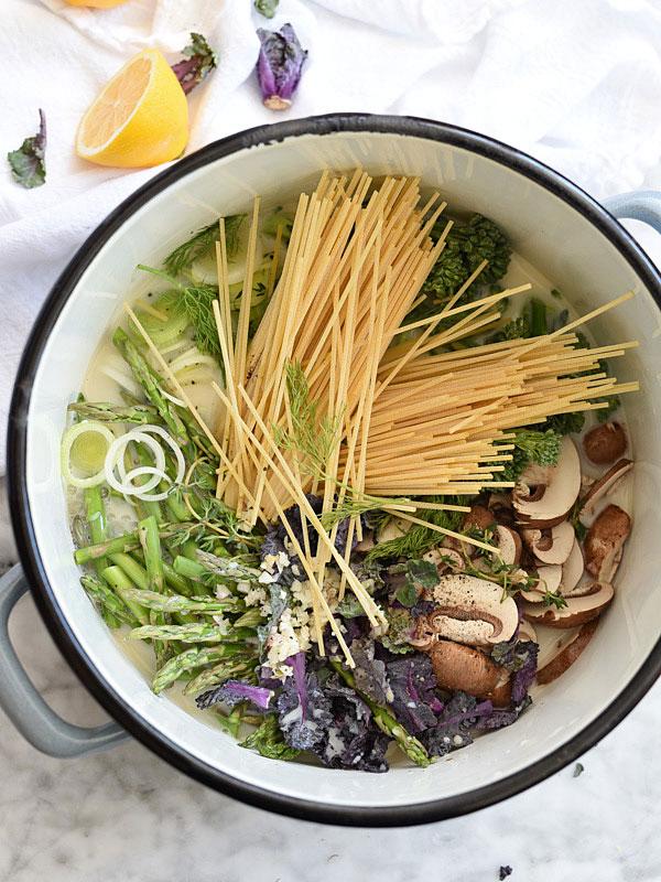 One-Pot Pasta Primavera | foodiecrush.com