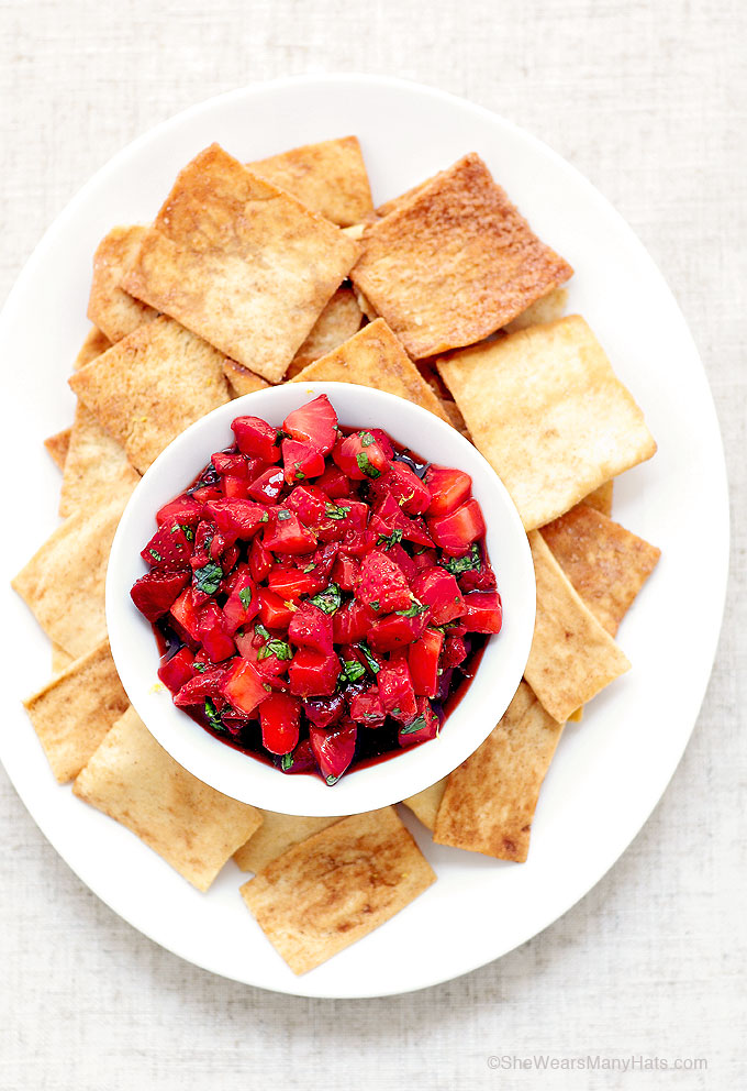 Easy Strawberry Salsa shewearsmanyhats.com | foodiecrush.com