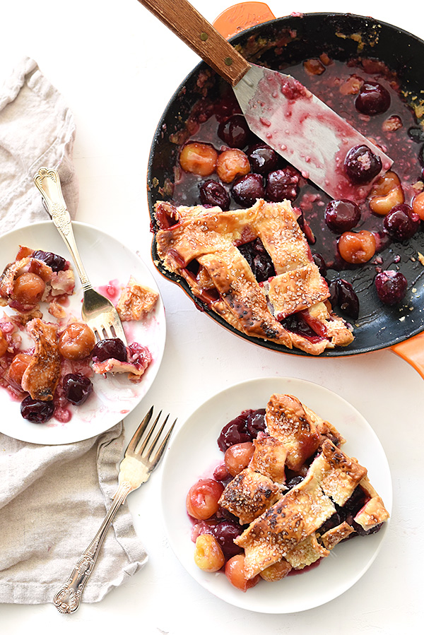 Skillet Cherry Pie | foodiecrush.com #filling #recipe #easy #homemade