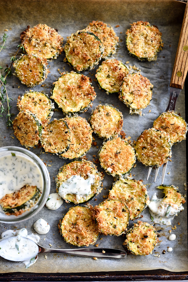 Baked Zucchini Parmesan Crisps | foodiecrush.com #parmesan #healthy #oven #healthysnacks #breadcrumbs #veggies #recipe