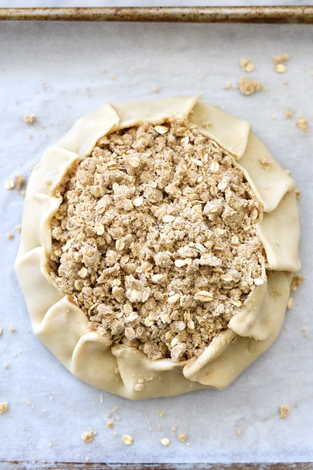 Quick Rustic Apple Tart with Oatmeal Crumble foodiecrush.com 28