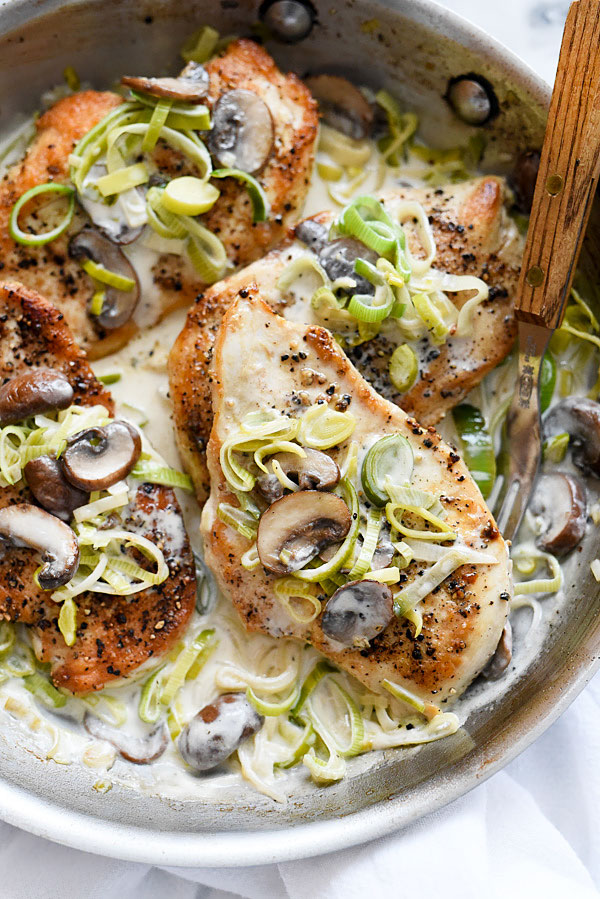 Creamy Mushroom and Leek Chicken Breasts | foodiecrush.com #recipes #creamy #easy