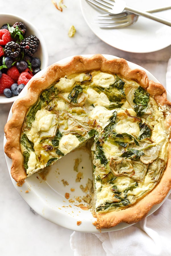 Spinach Artichoke and Goat Cheese Quiche | foodiecrush.com #recipes #breakfast #healthy #spinach
