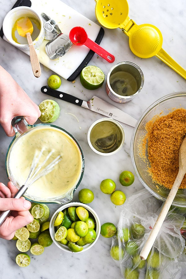 making filling for the best key lime pie