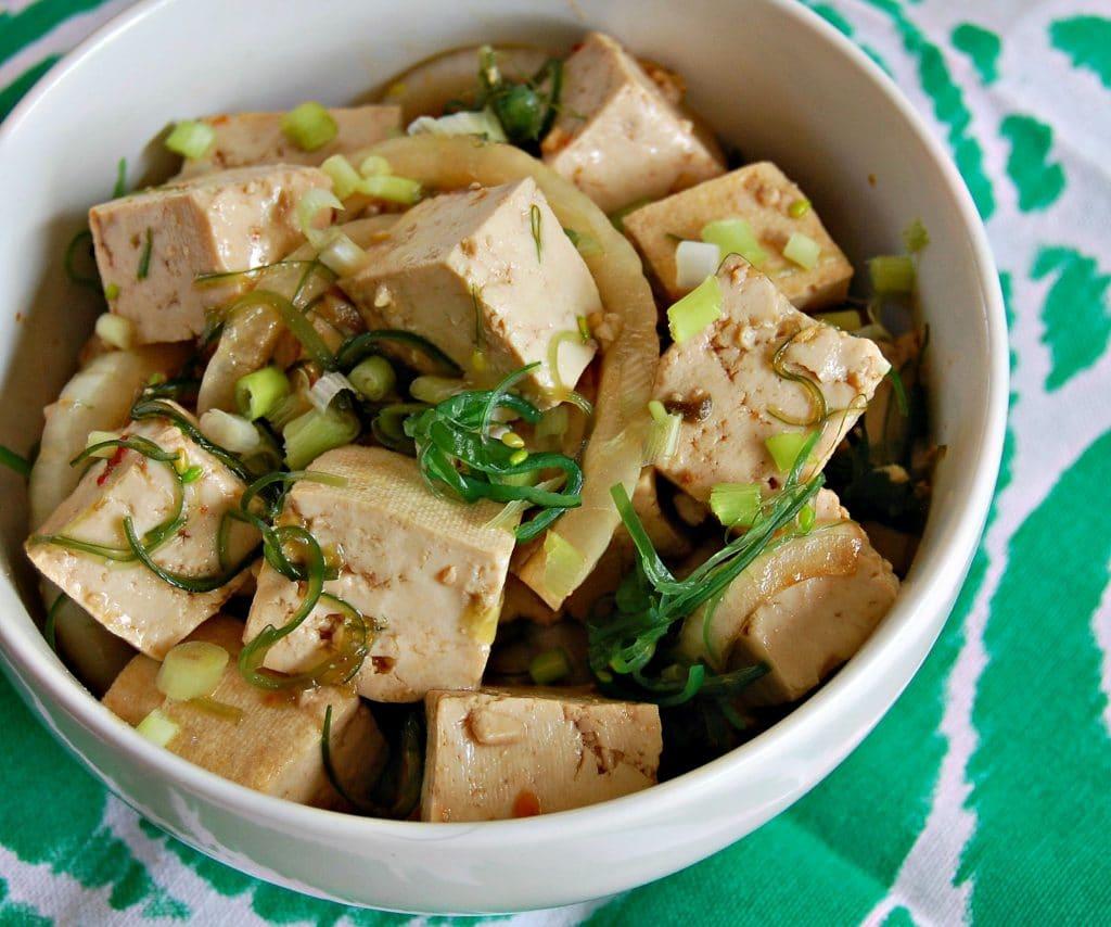 spicy-tofu-poke-bowls-05-1
