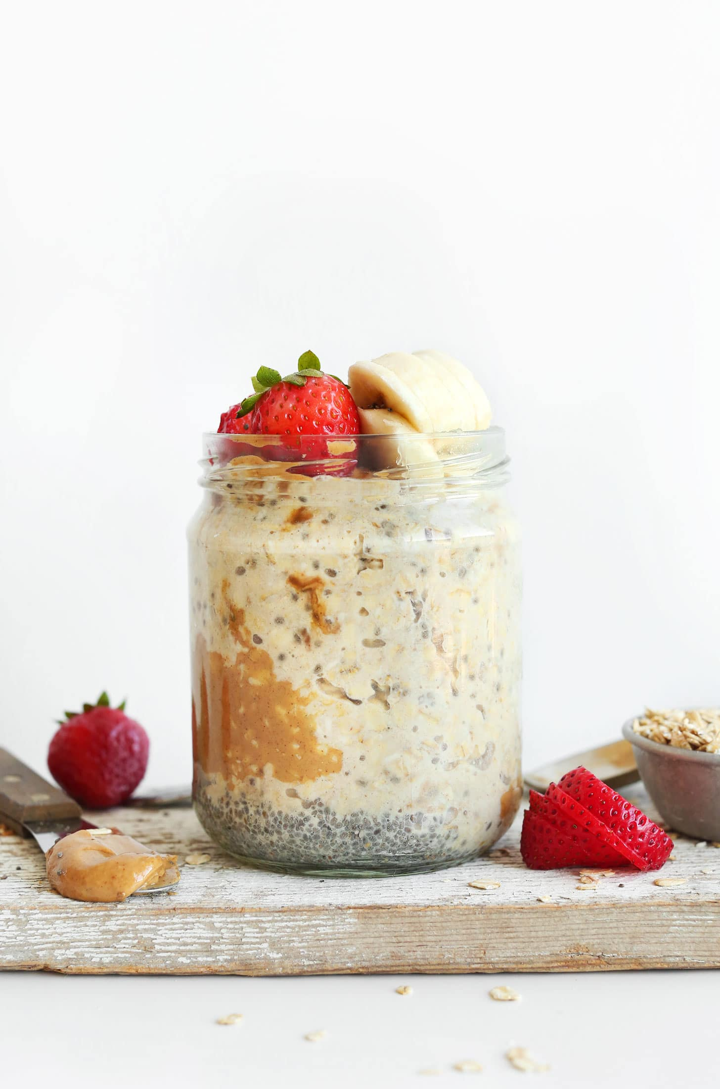 Peanut Butter Overnight Oats from minimalistbaker.com on foodiecrush.com