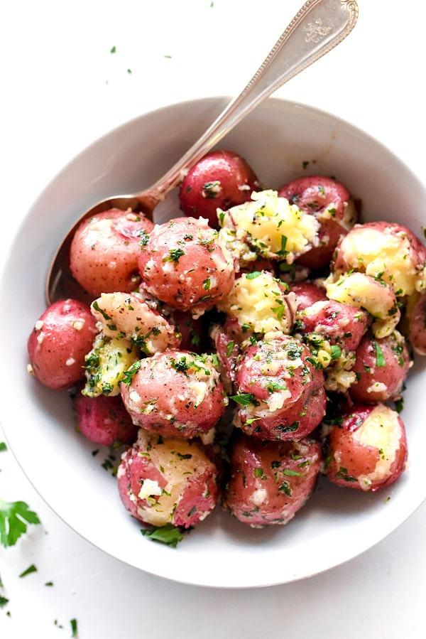 The Best Buttery Parsley Potatoes | #easy #recipe #boiled foodiecrush.com