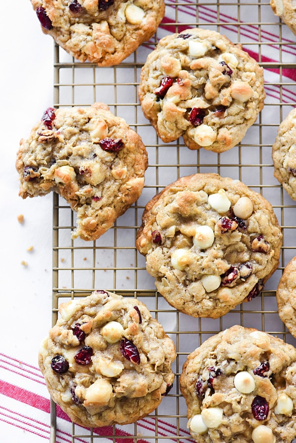 oatmeal cranberry cookies on cooling rack