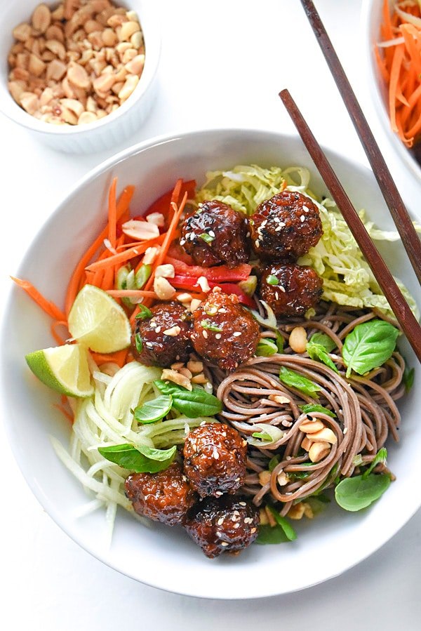 Soba Noodles with Sriracha Meatballs makes a fresh and healthy Asian-inspired noodle lunch or dinner | foodiecrush.com
